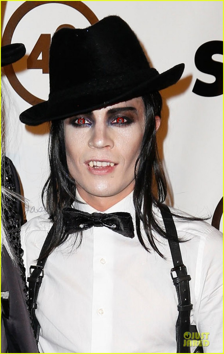 adam lambert sauli koskinen glampires for halloween charity event 05