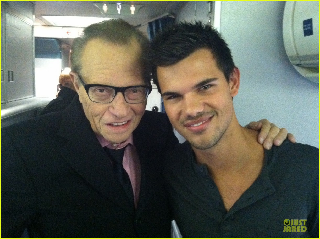 taylor lautner larry king joins team jacob 05