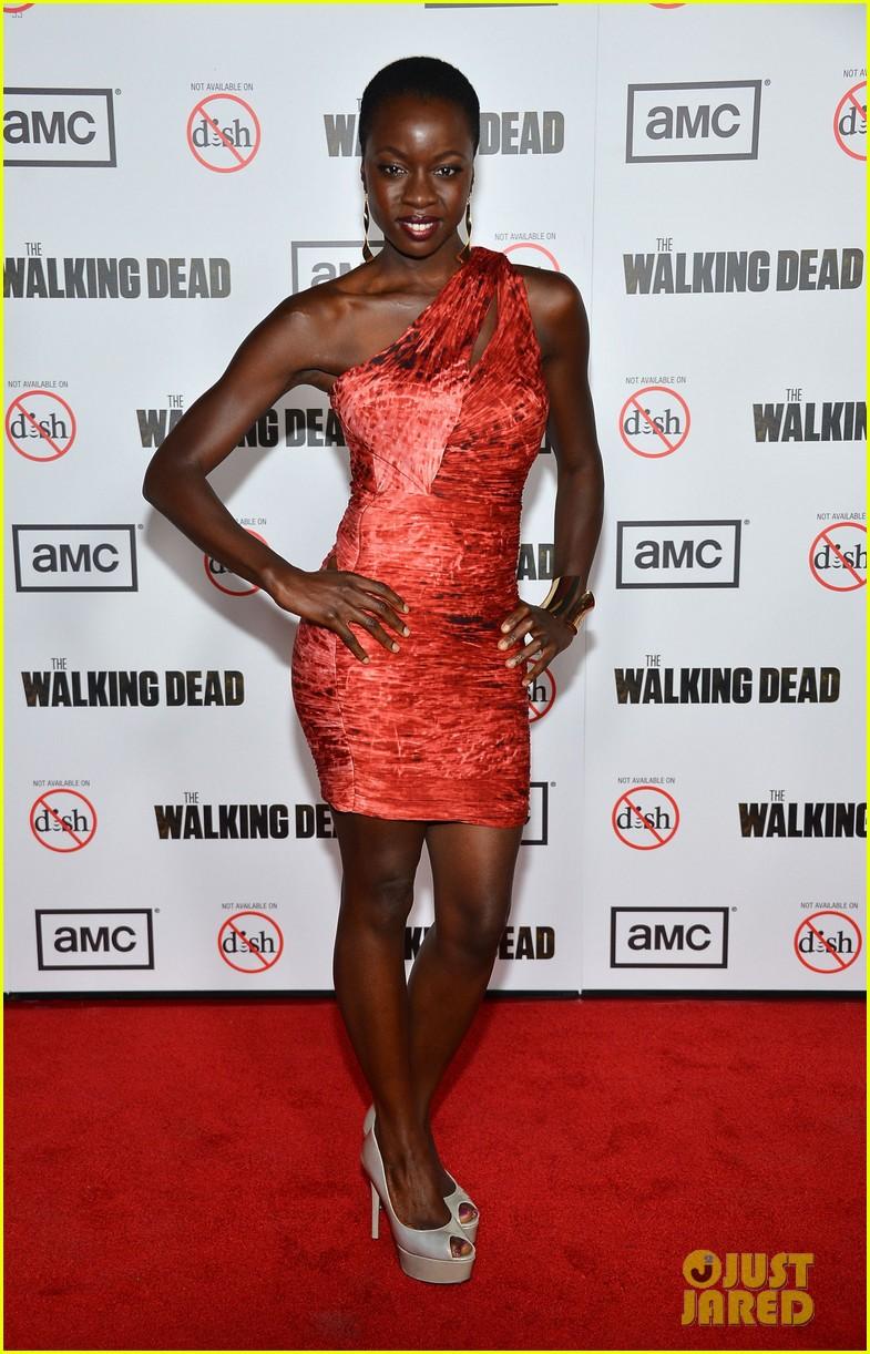 andrew lincoln sarah wayne callies walking dead season 3 premiere 05