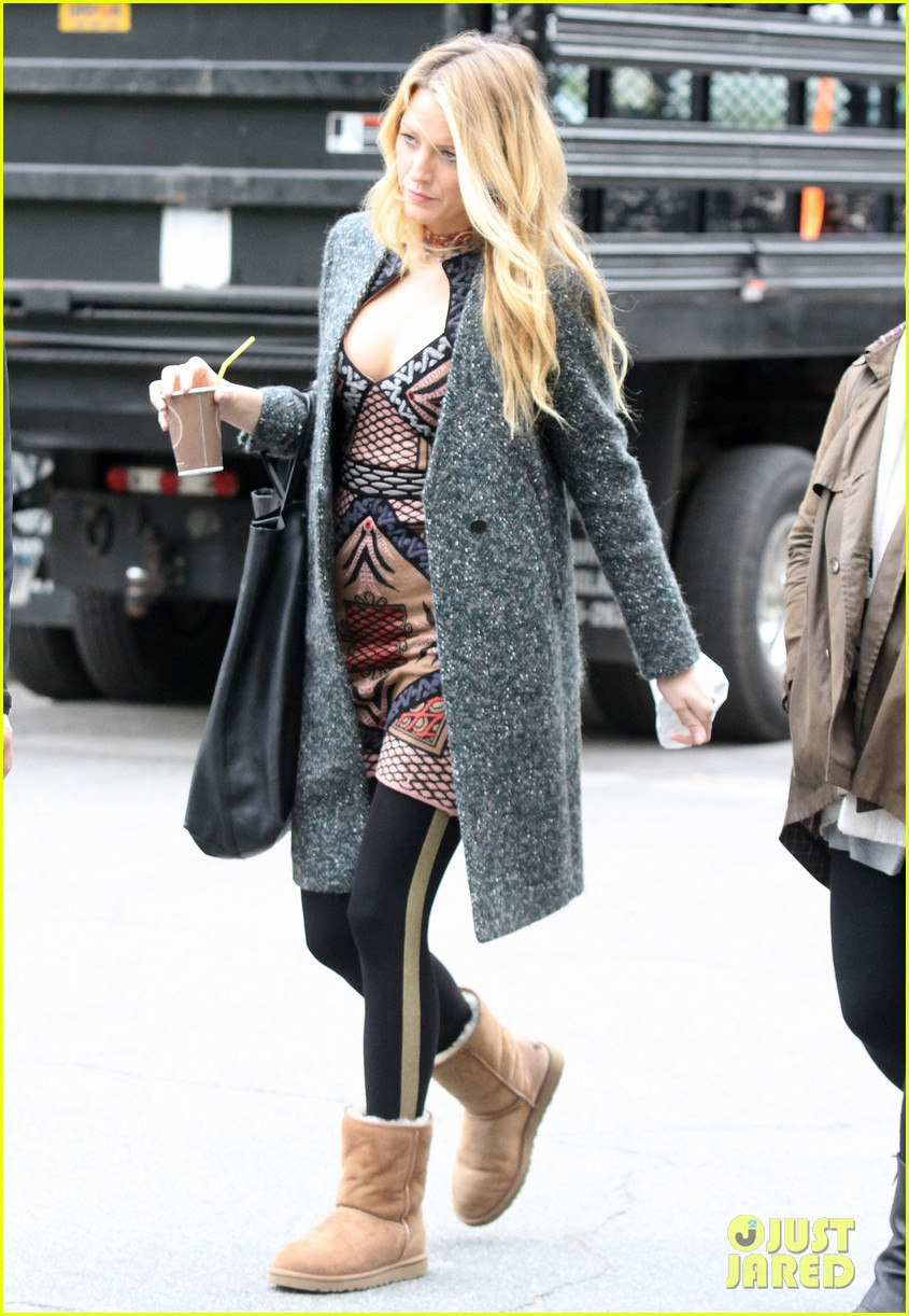 blake lively leighton meester gossip girl set 08
