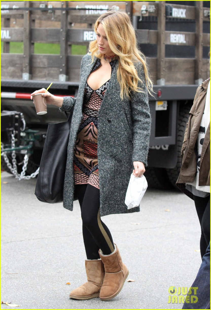 blake lively leighton meester gossip girl set 11