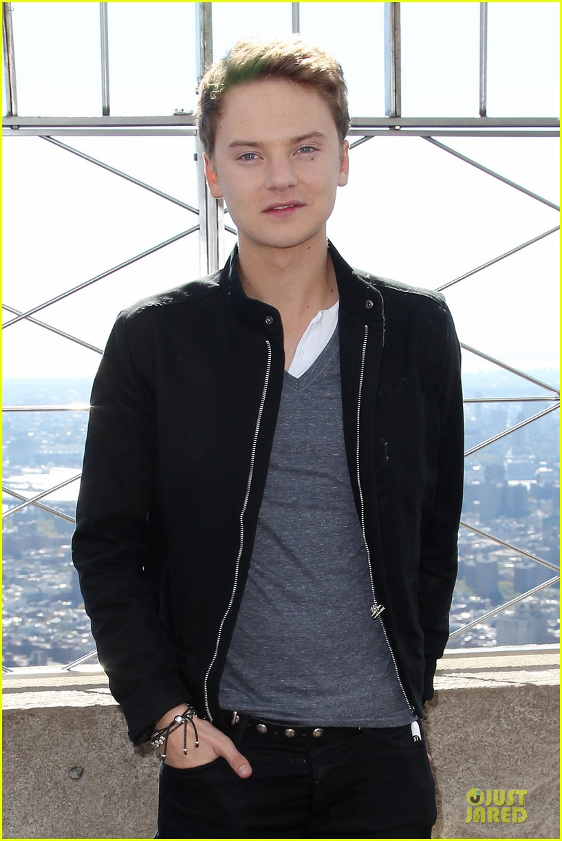 conor maynard tops empire state building 13