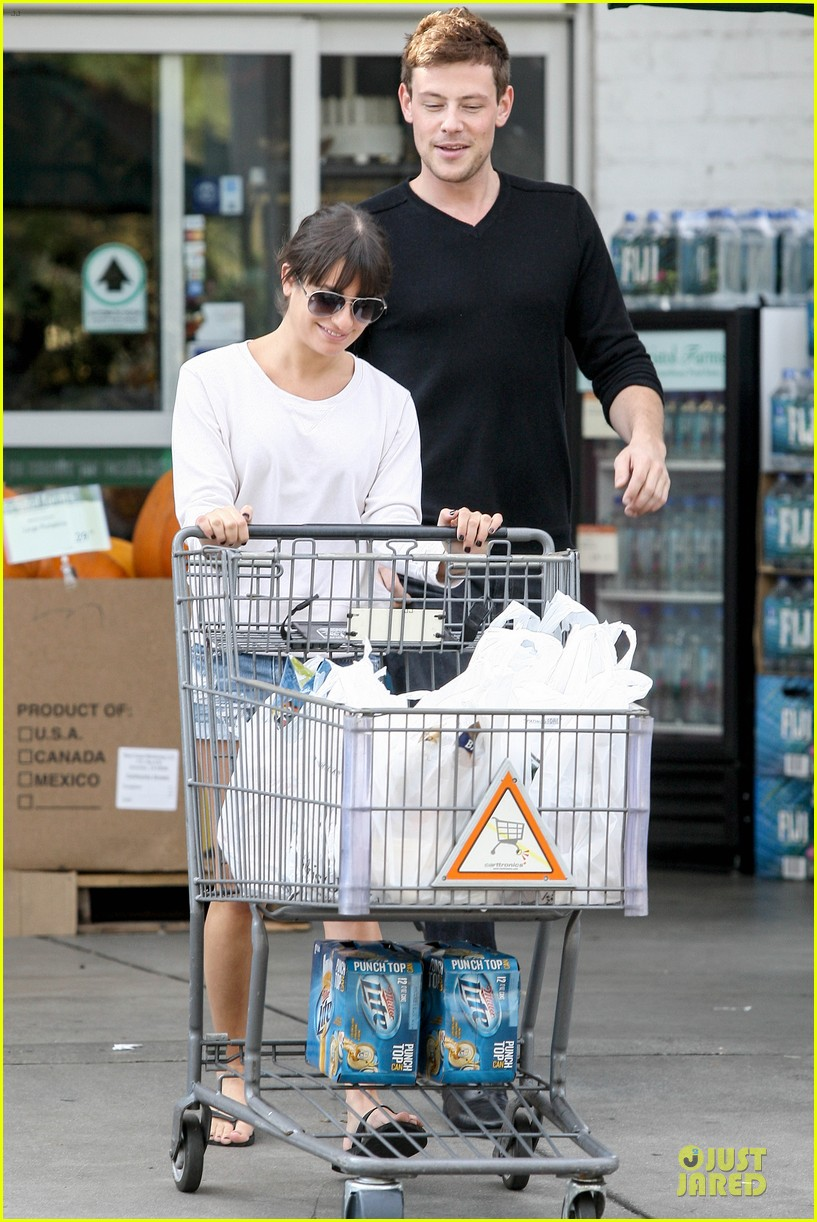 lea michele cory monteith football sunday cooking 19