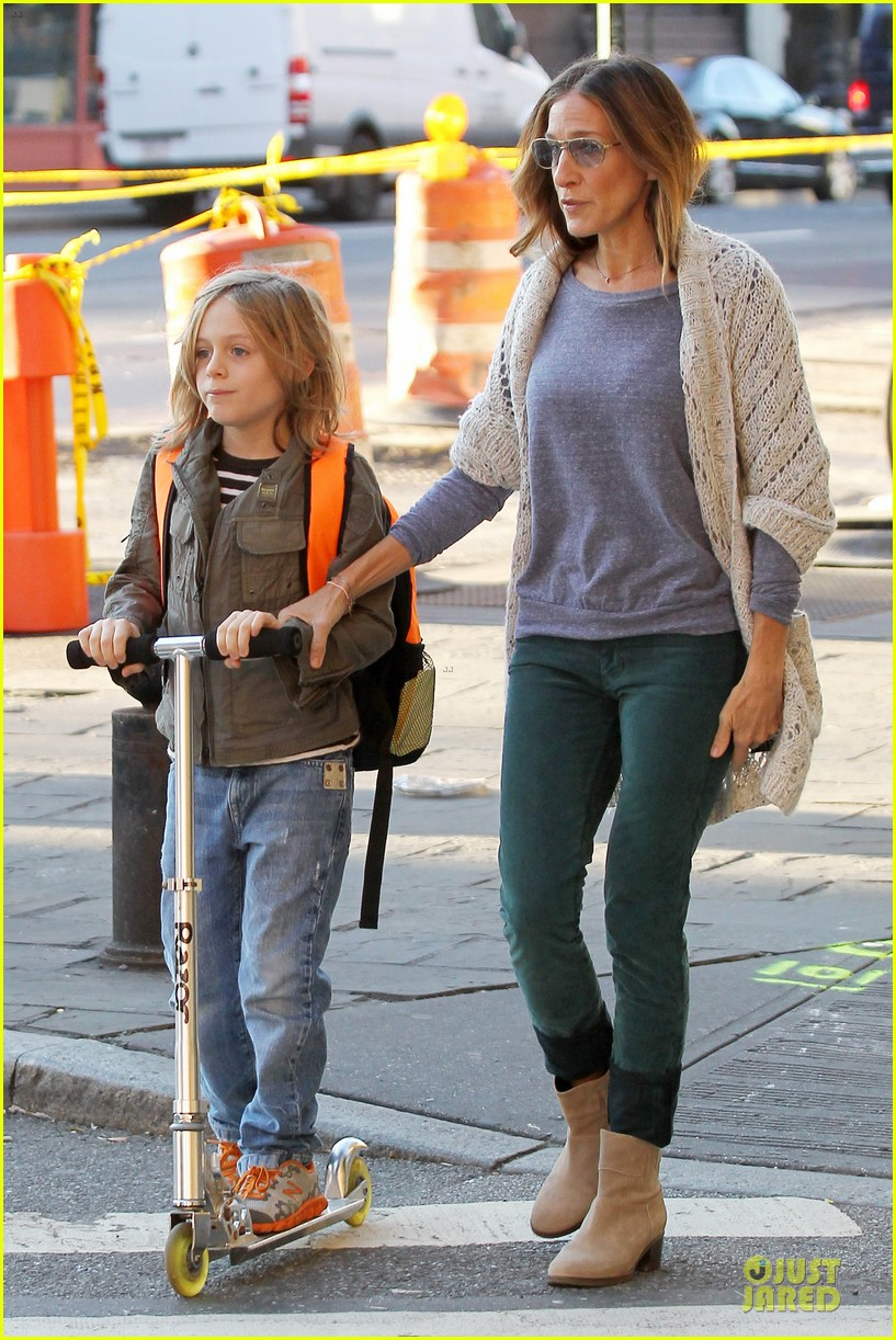 sarah jessica parker school walk with james marion tabitha 122743827