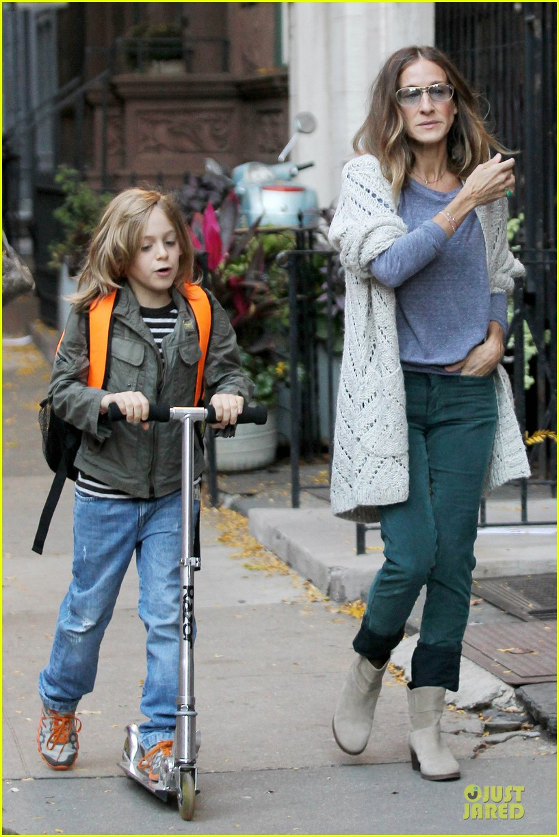 sarah jessica parker school walk with james marion tabitha 14