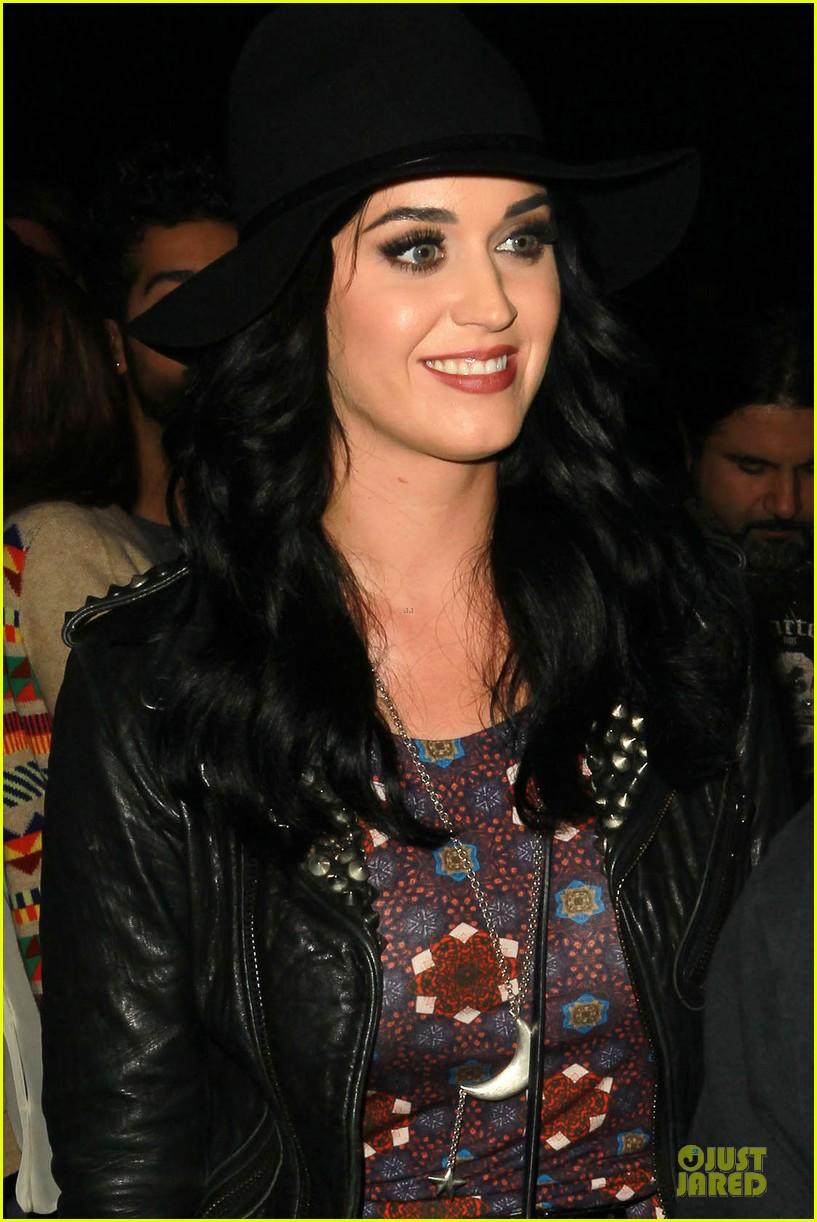 katy perry haunted hayride vip premiere night 03