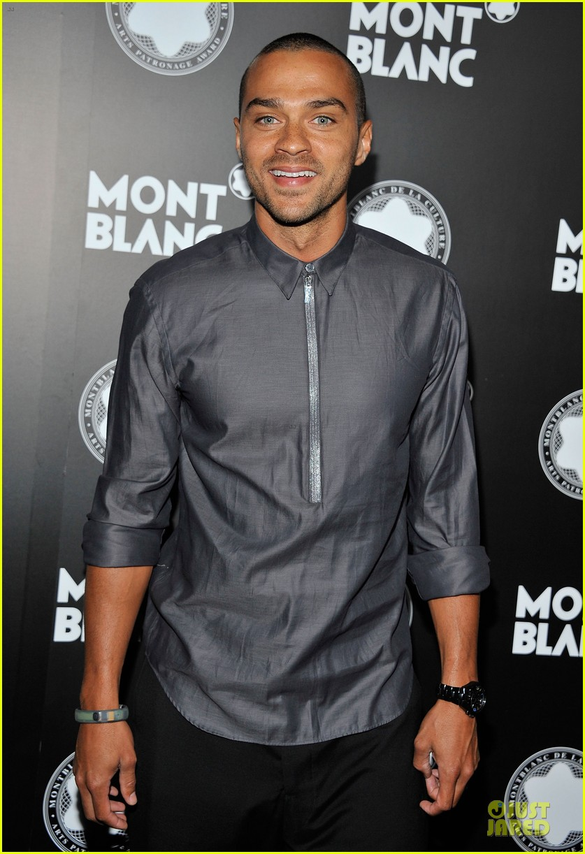 rashida jones jesse williams montblac awards 072732107