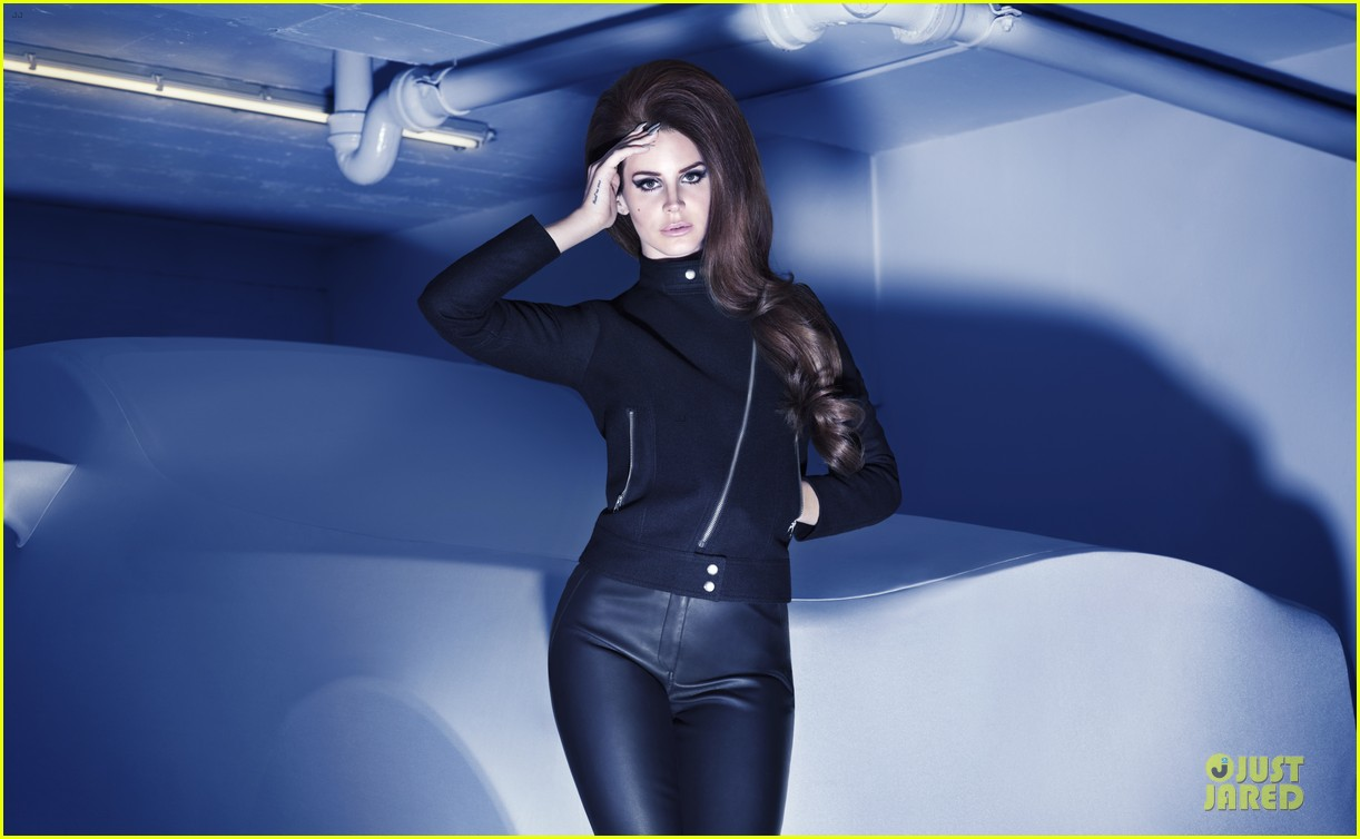 lana del rey h&m holiday campaign 01