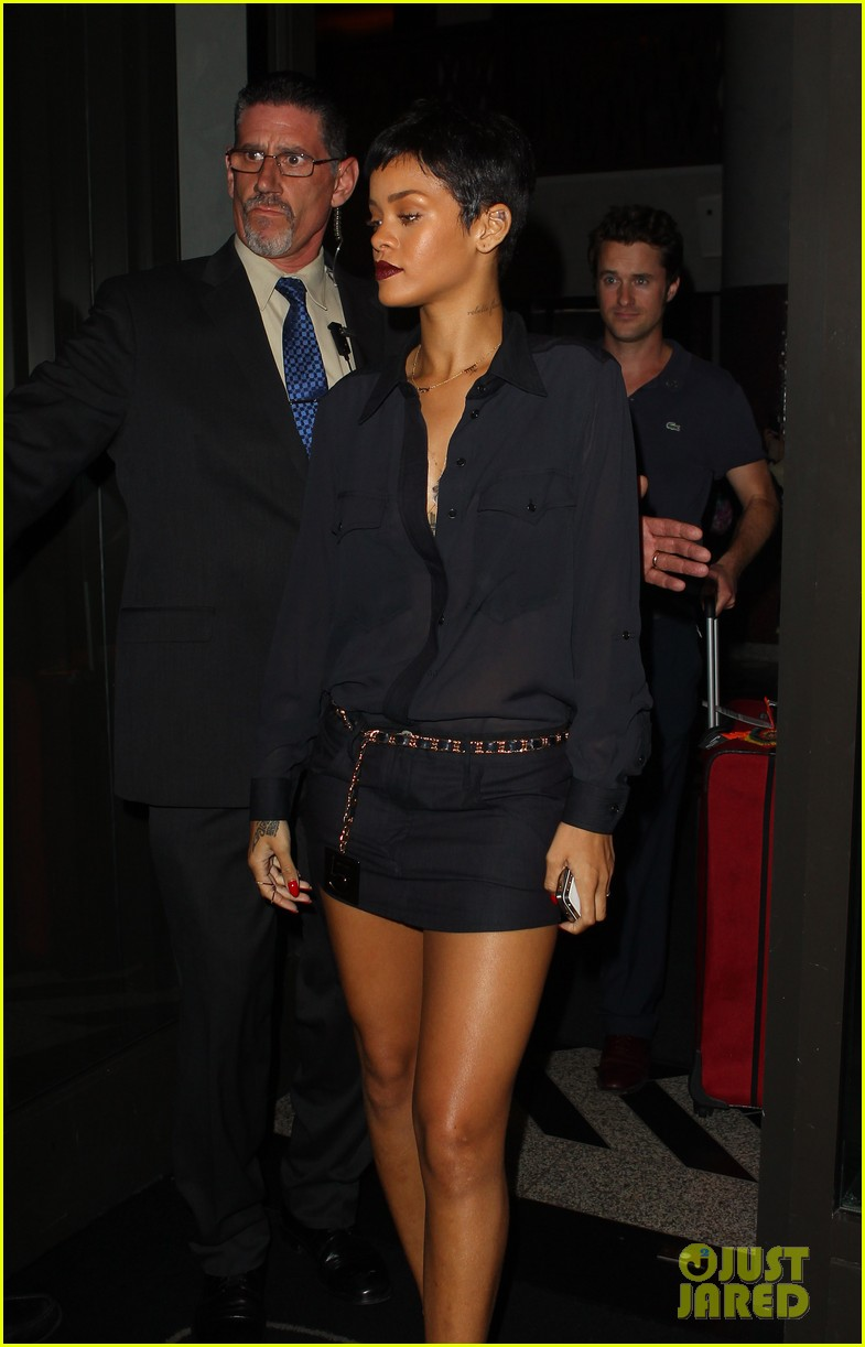 rihanna chris brown gansevoort hotel departure 102732687
