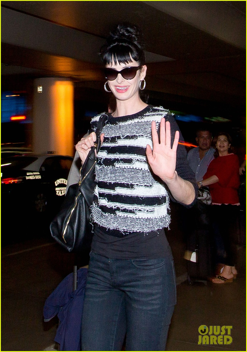 krysten ritter halloween blues 03