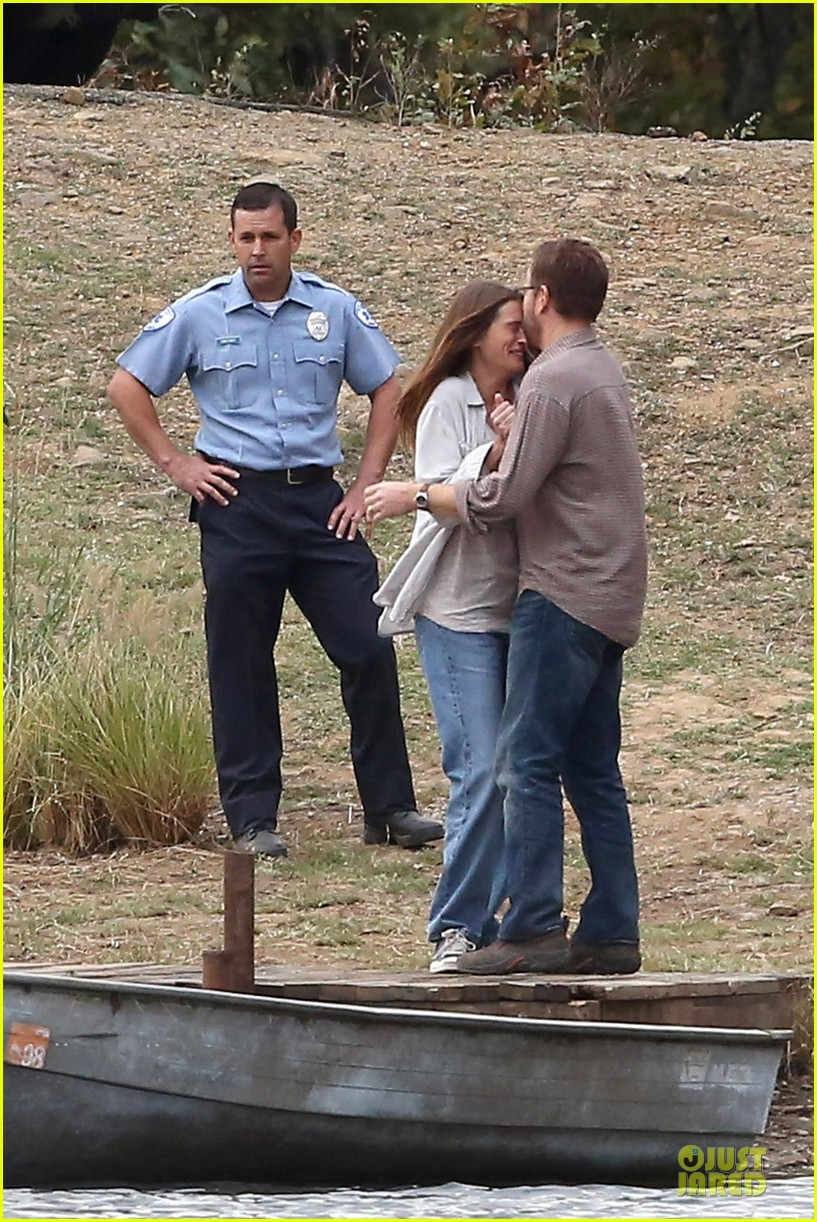 julia roberts august osage set with ewan mcgregor 03