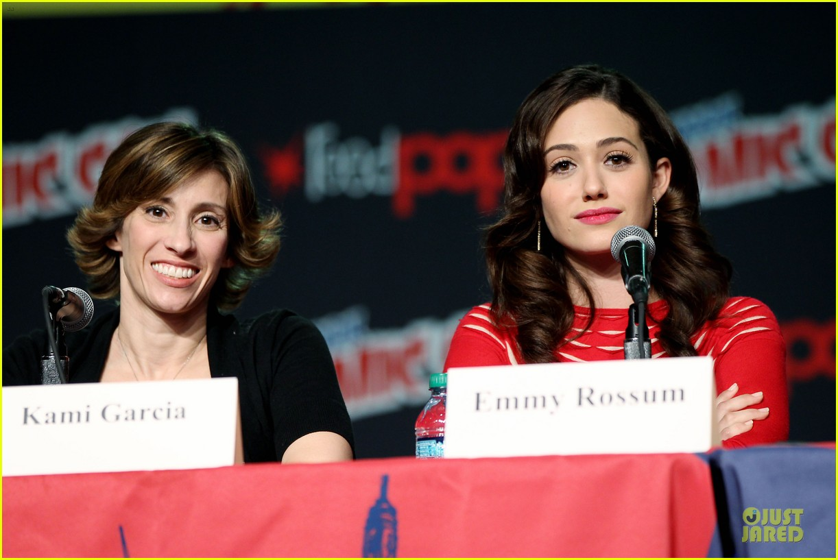 emmy rossum beautiful creatures comic con panel 402737770
