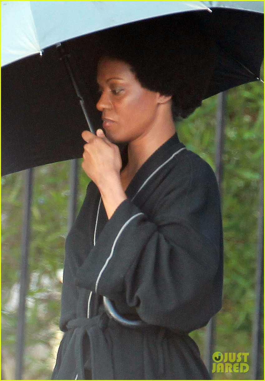 zoe saldana as nina simone first look 052745297