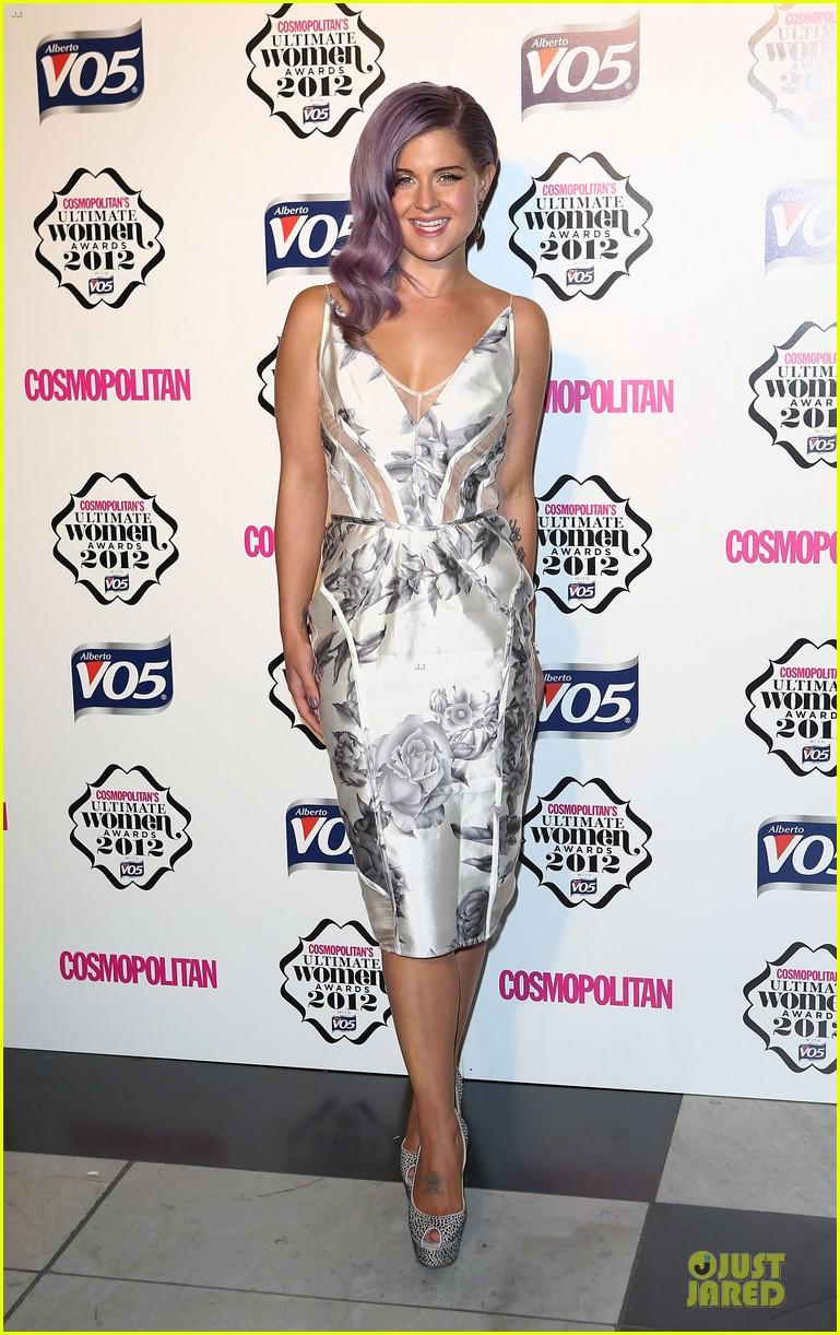 nicole scherzinger kelly osbourne cosmopolitan ultimate woman of the year awards 042748534
