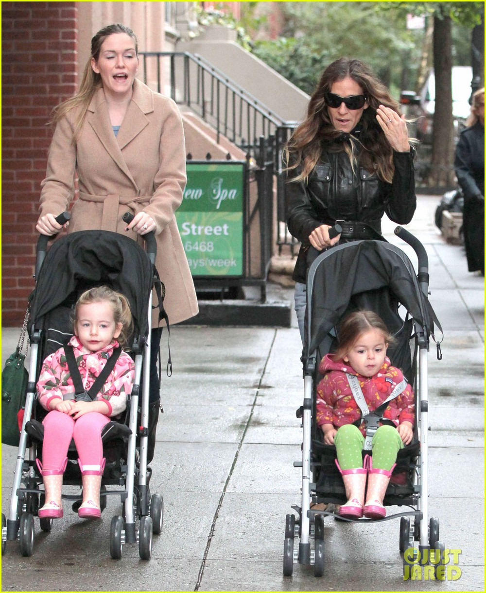 sarah jessica parker big apple morning with kids 02