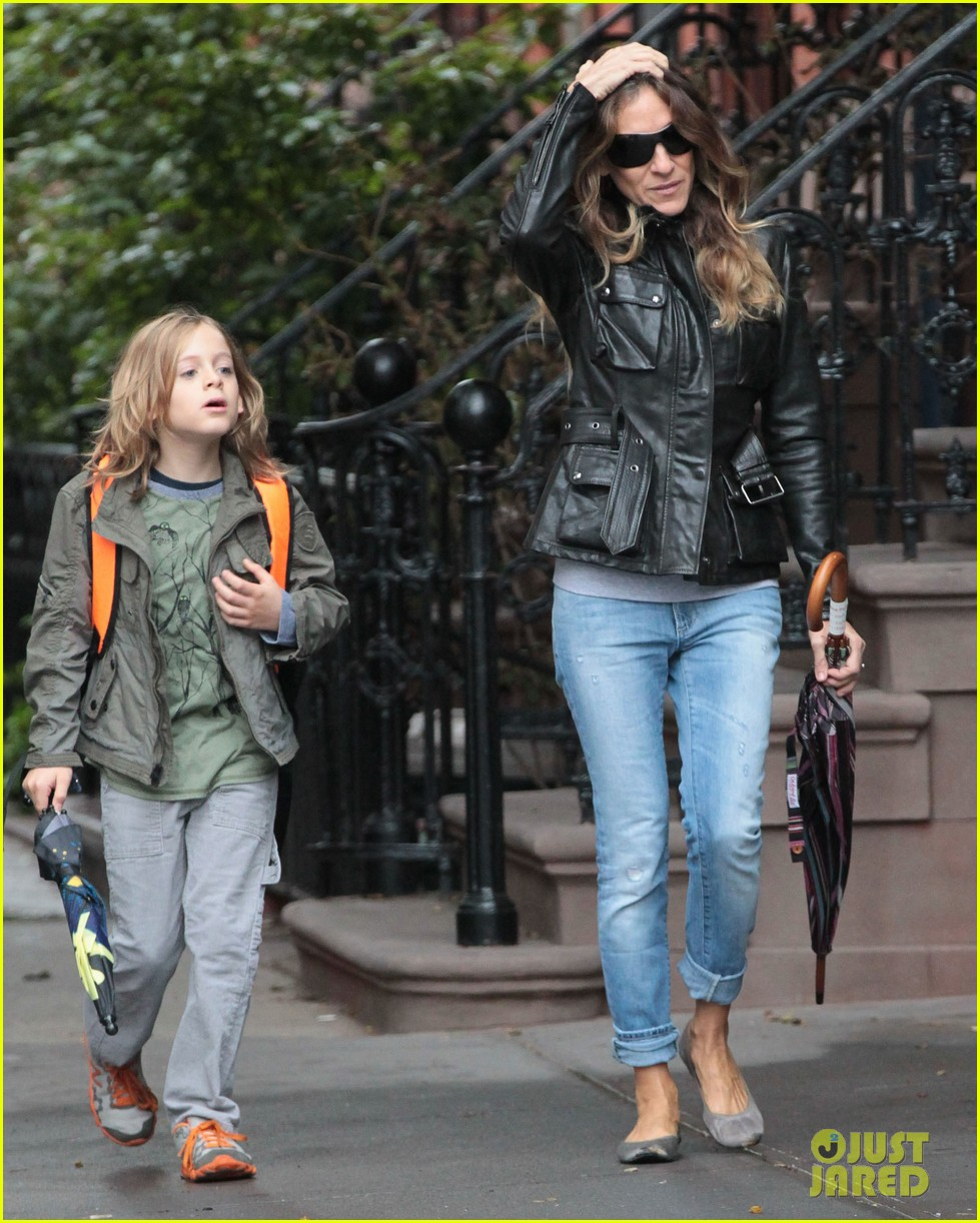 sarah jessica parker big apple morning with kids 08