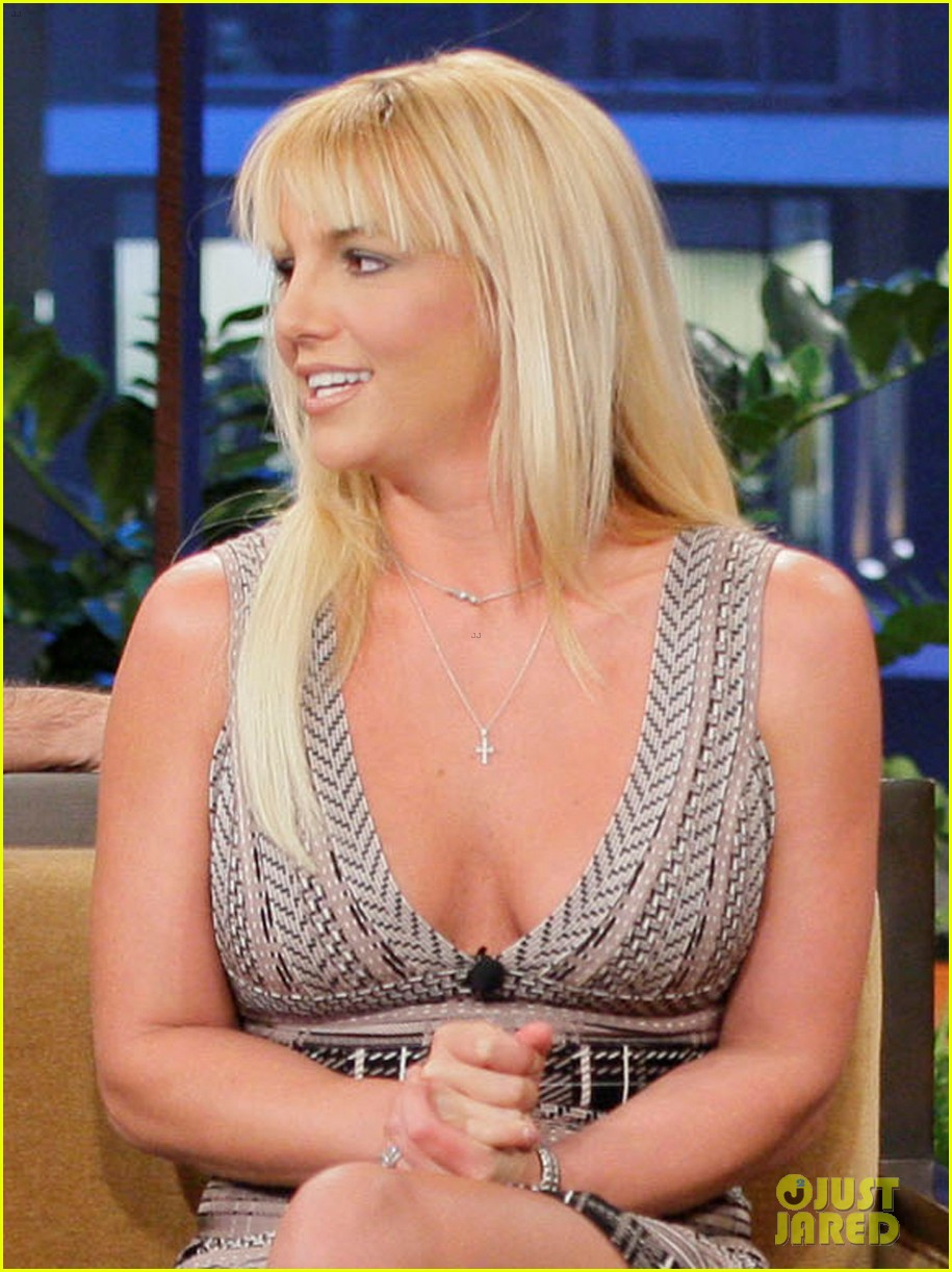 britney spears tonight show with simon cowell 02