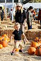 gwen stefani gavin rossdale pumpkin patch with the kids 34