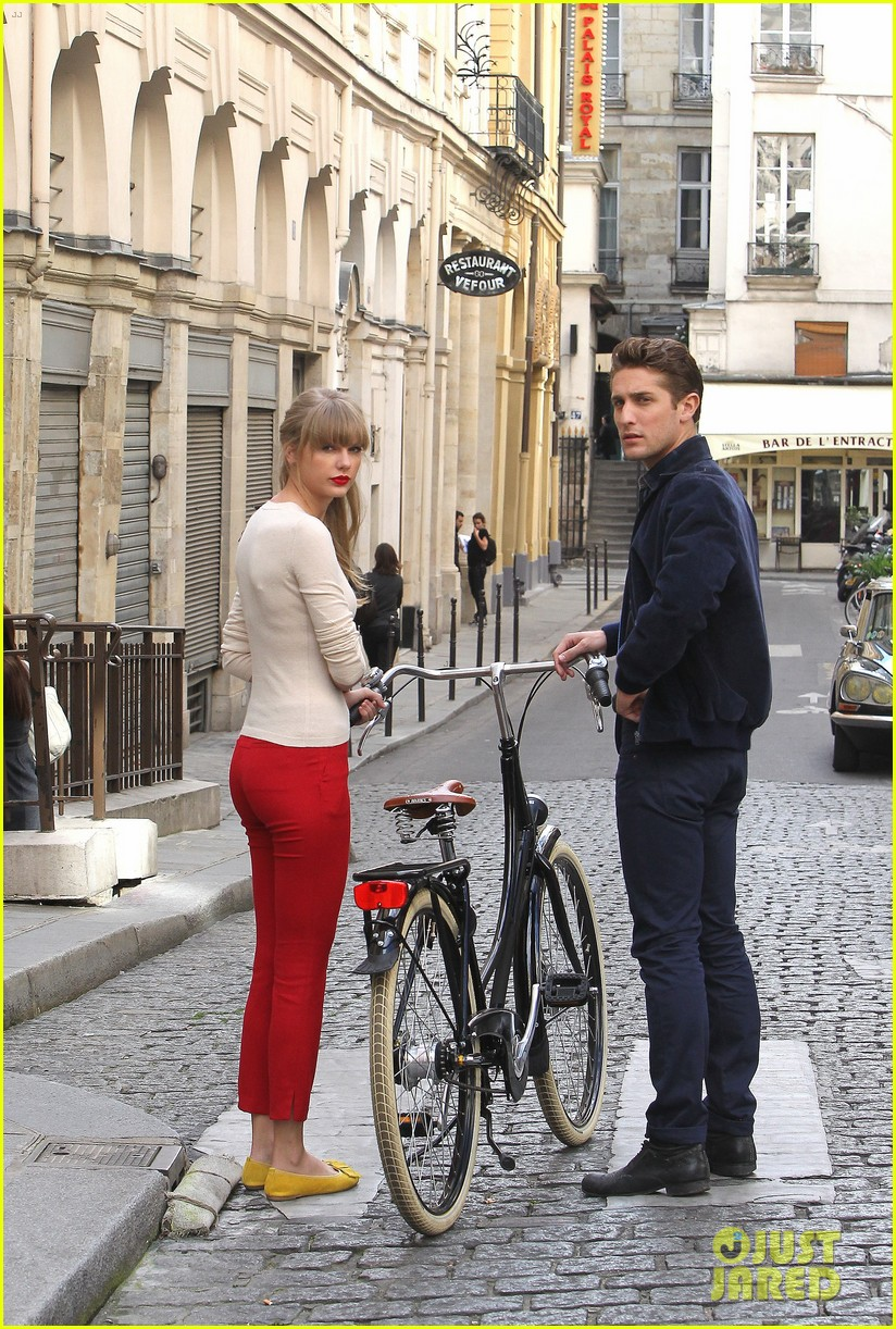 taylor swift emma stone lunch in paris 072731840
