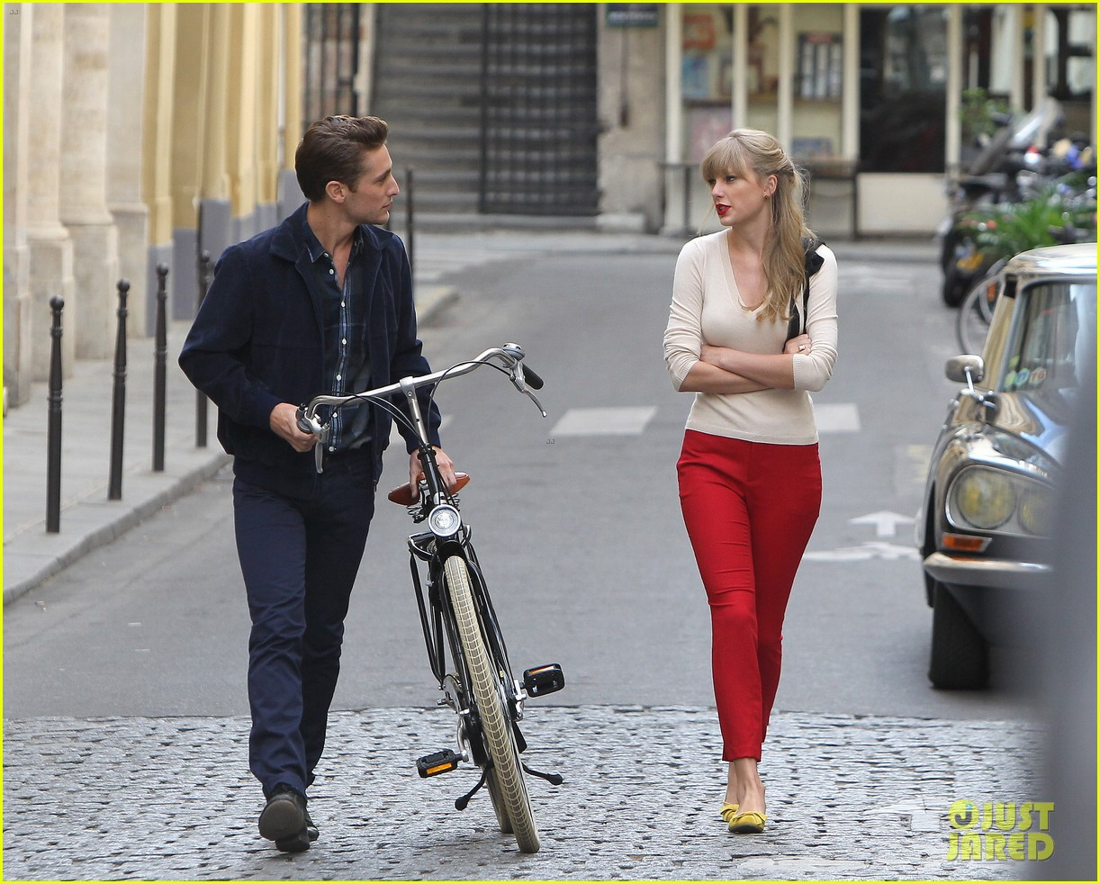 taylor swift emma stone lunch in paris 092731842