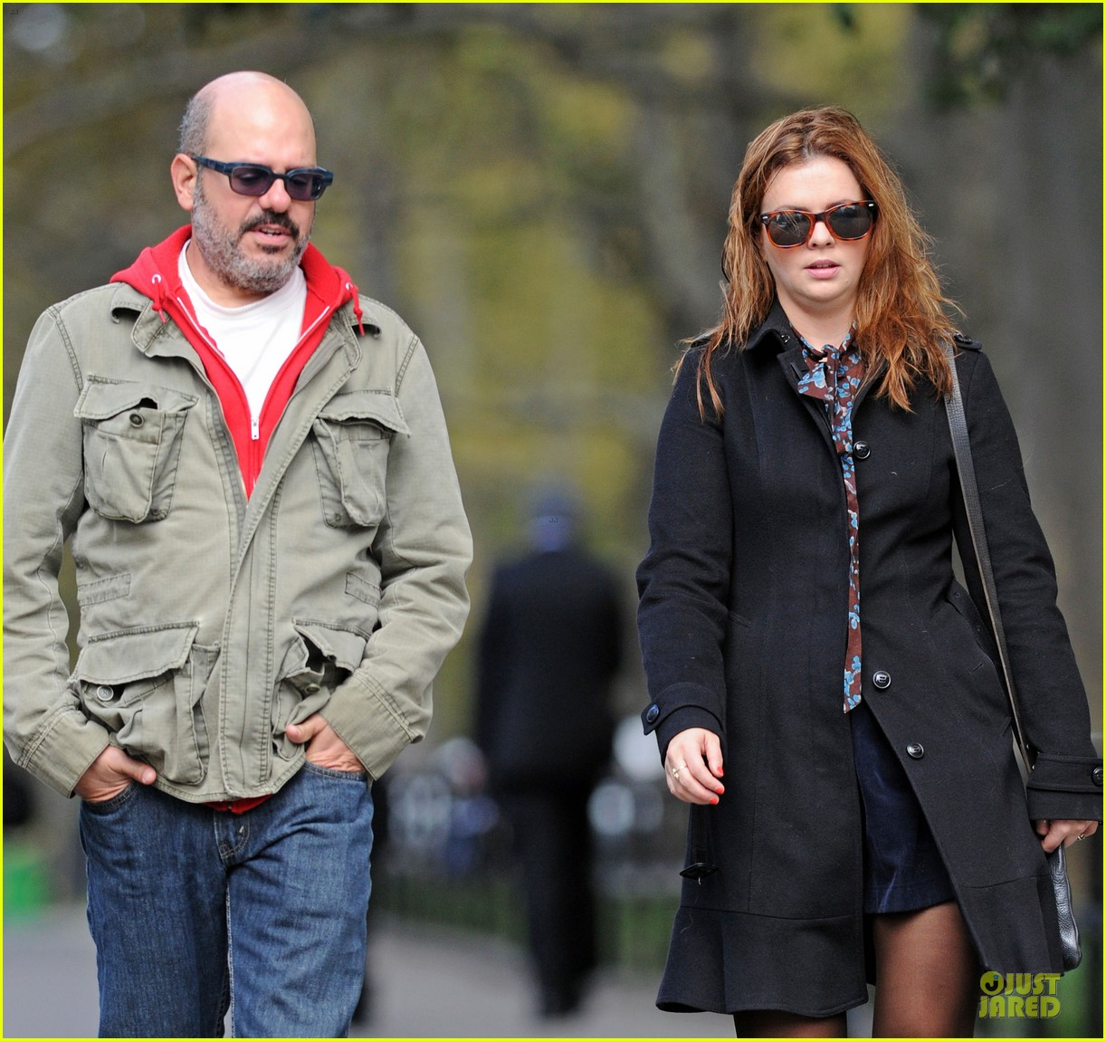 amber tamblyn david cross post wedding stroll 02
