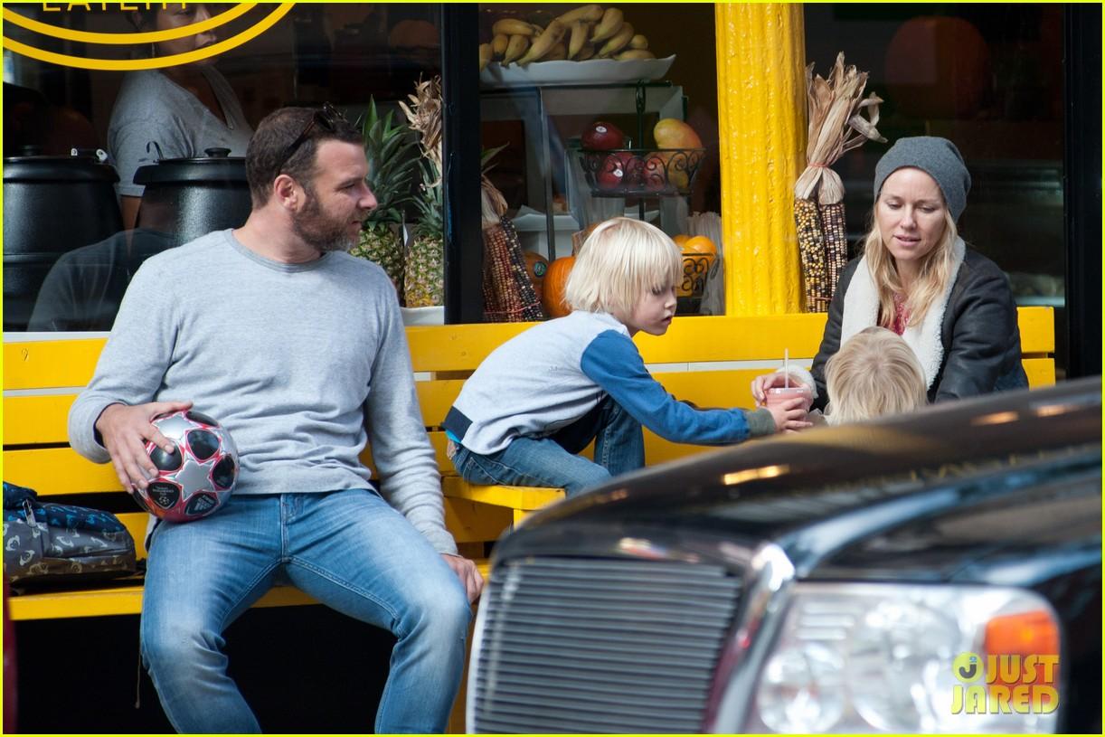 naomi watts liev schreiber big apple soccer afternoon with kids 03