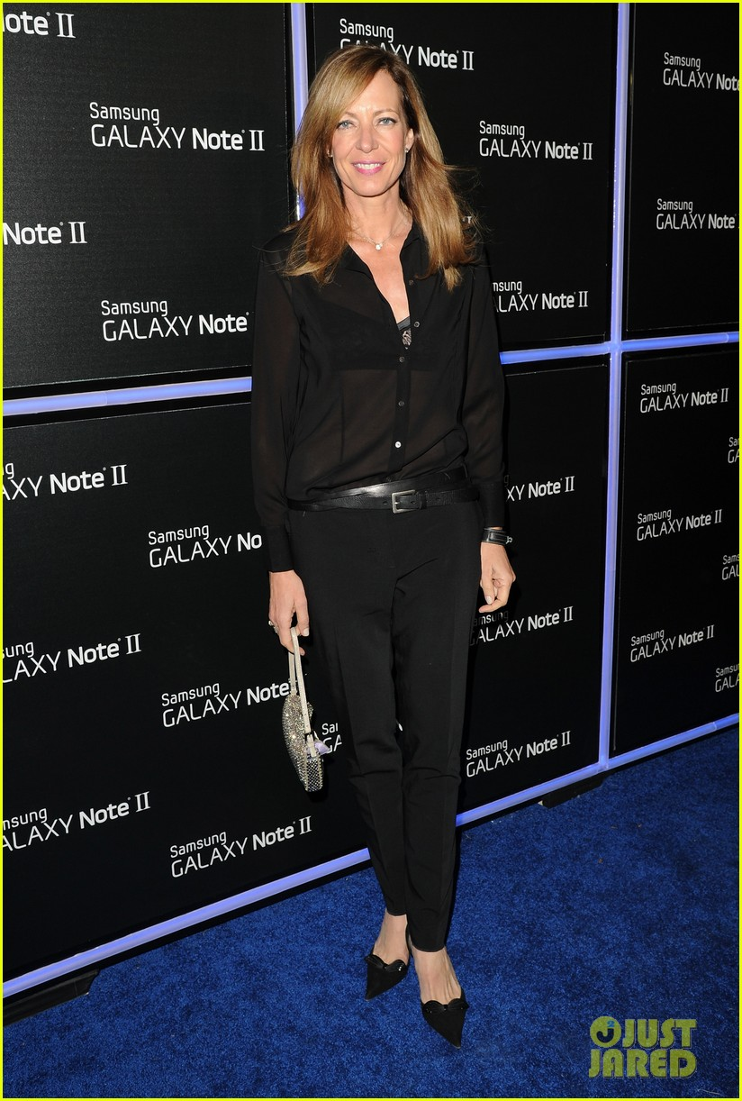 rosie huntington whiteley samsung galaxy launch party 132745483