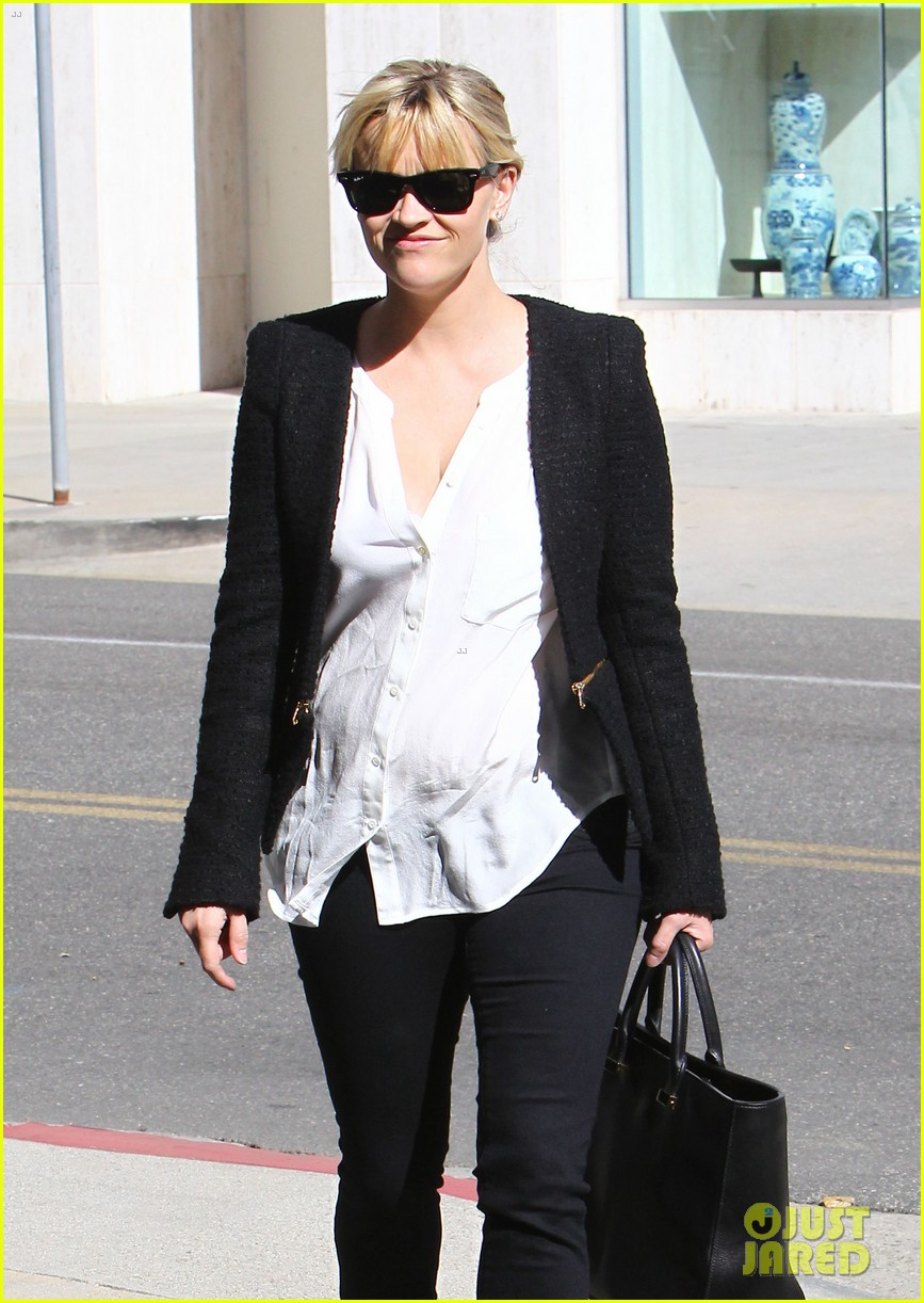 reese witherspoon neiman marcus mama 02