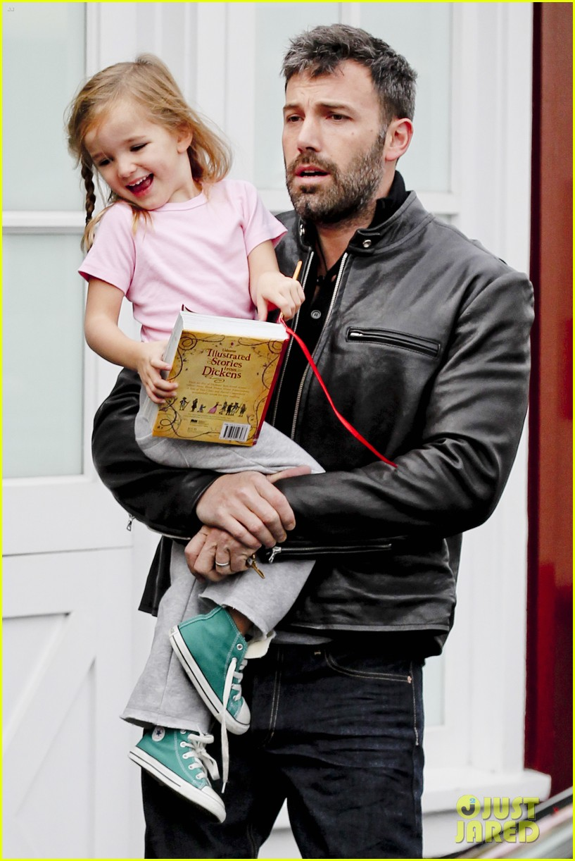 ben affleck daddys day with violet seraphina 26