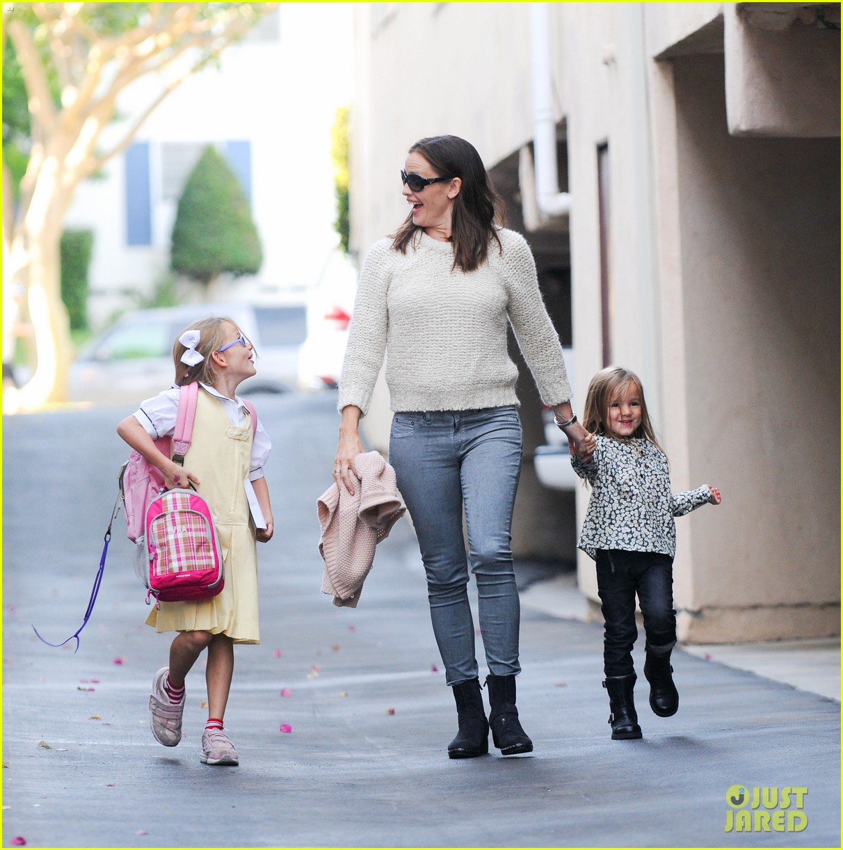 jennifer garner ben affleck homeland director 28