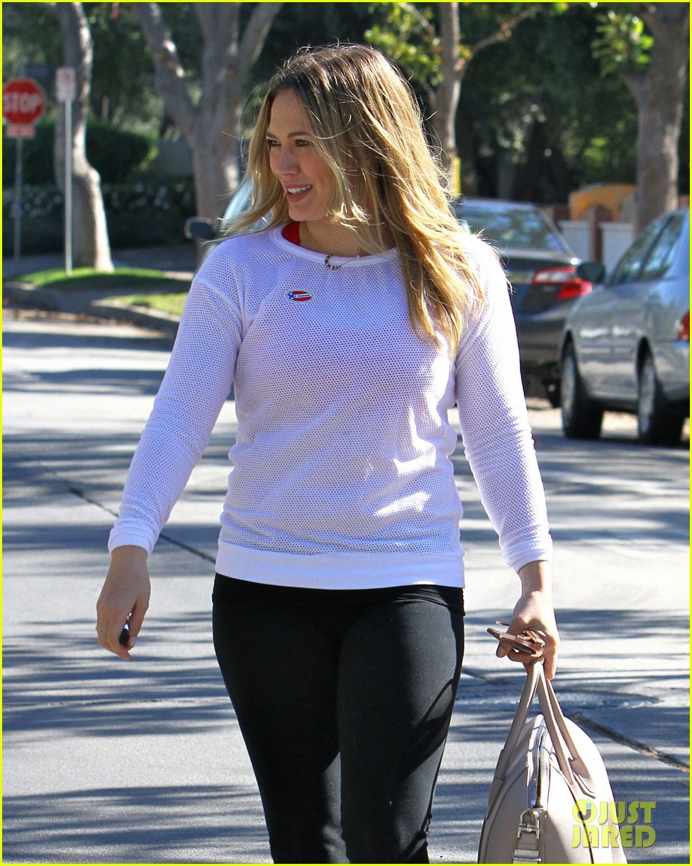 dianna agron hilary duff ladies who vote 14