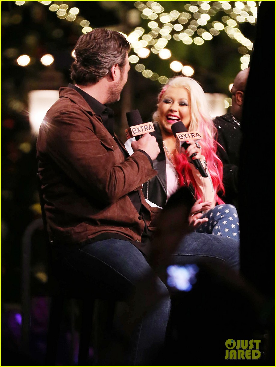 christina aguilera the voice at the grove 08