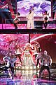 christina aguilera cee lo green make the world movie performance on the voice 06