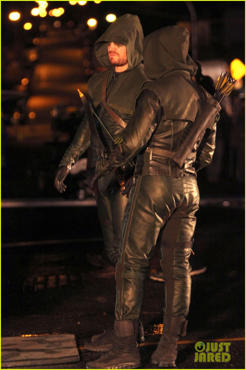 stephen amell arrow fight scenes 31