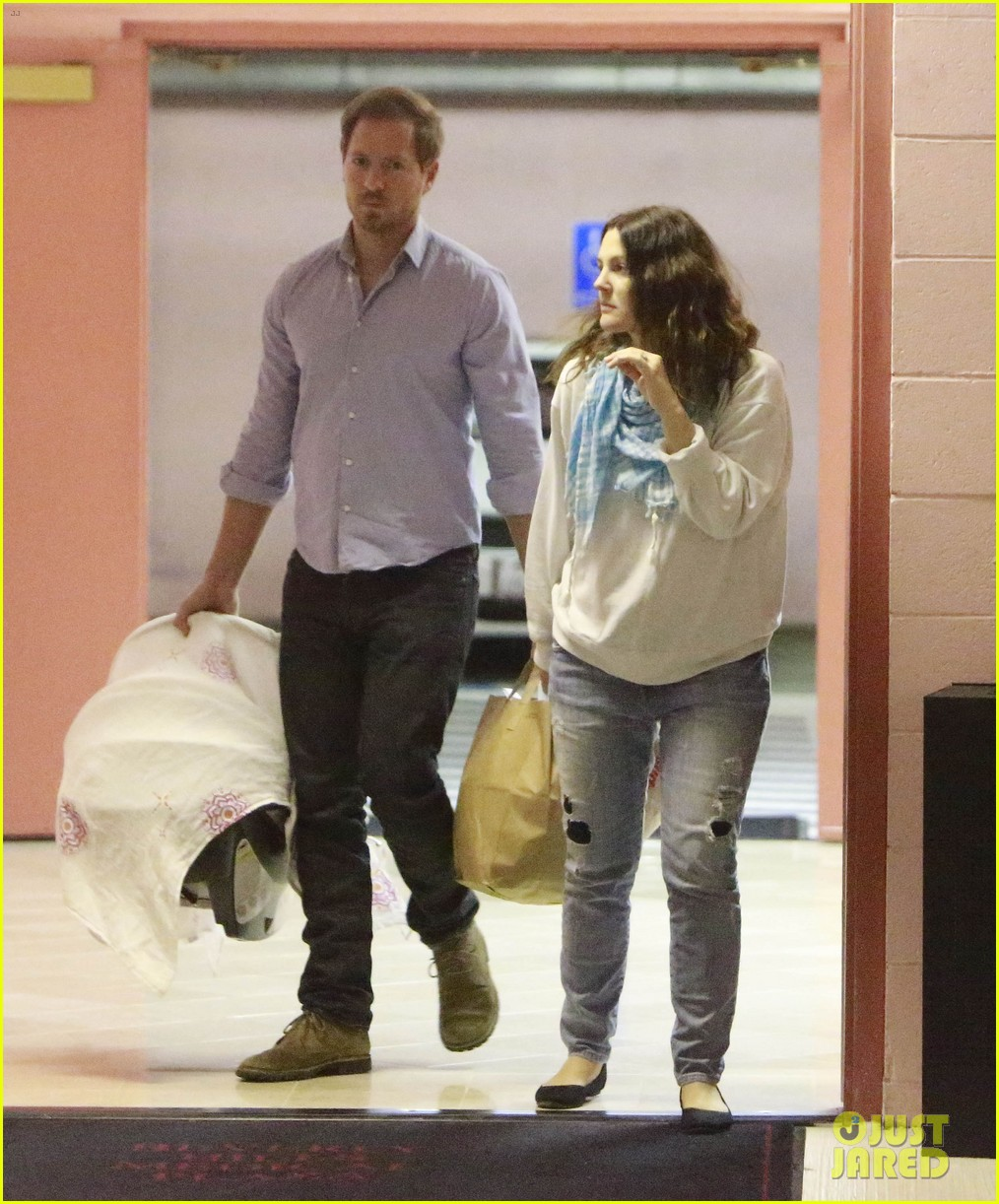 drew barrymore will kopelman doctors visit with olive 01