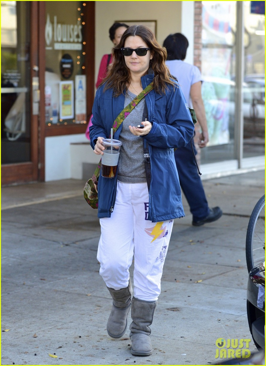 drew barrymore los angeles stroll 03