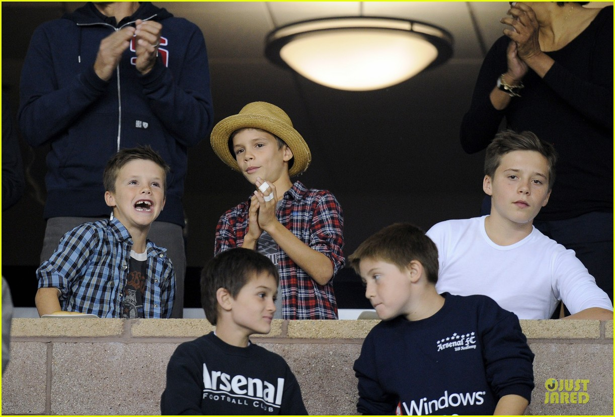 david beckham galaxy game with the boys 10