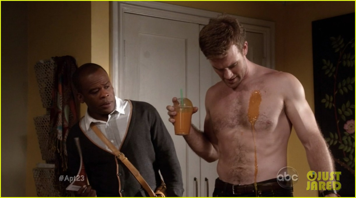 krysten ritter james van der beek goes naked for apartment 23 082759337
