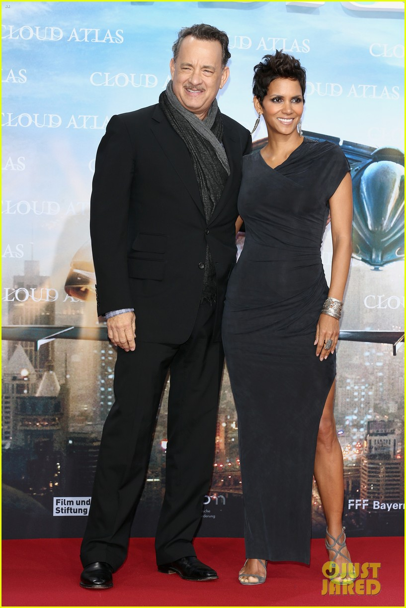 halle berry tom hanks cloud atlas berlin premiere 03