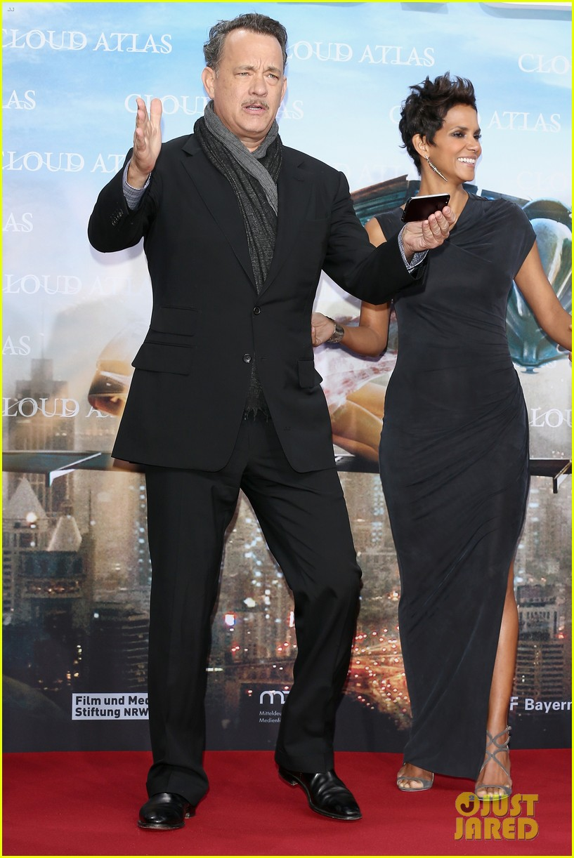 halle berry tom hanks cloud atlas berlin premiere 18