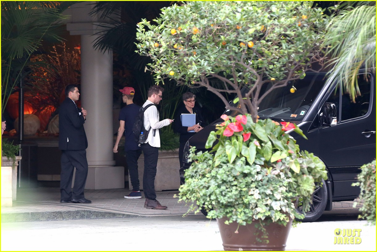 justin bieber selena gomez reunite at four seasons 11