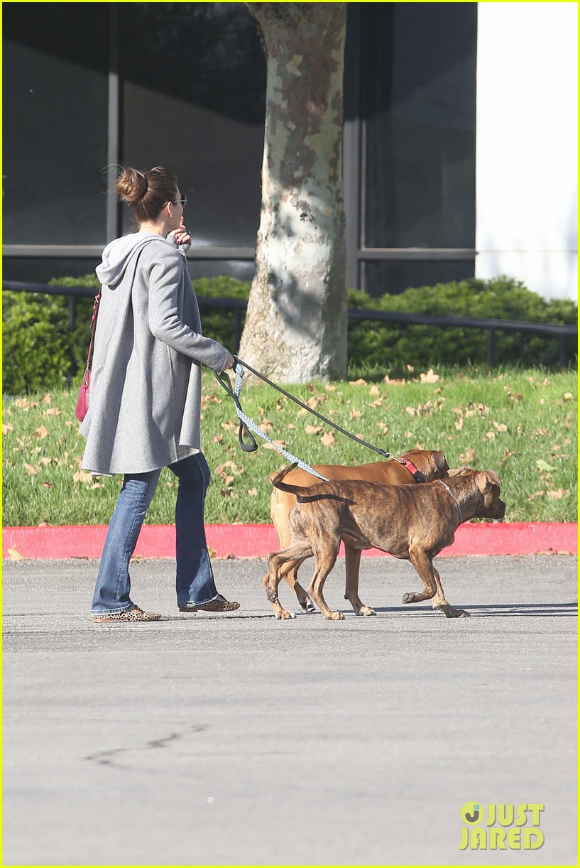 jessica biel dog walk before private plane departure 10