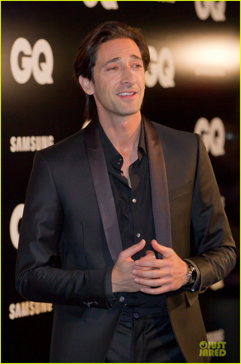 adrien brody lara lieto gq awards in madrid 12
