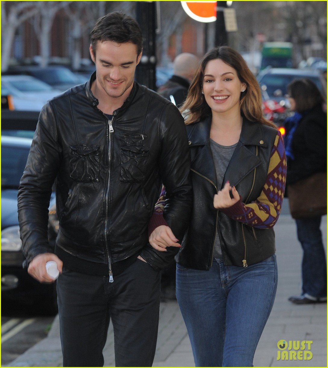 kelly brook birthday stroll with boyfriend 012762982