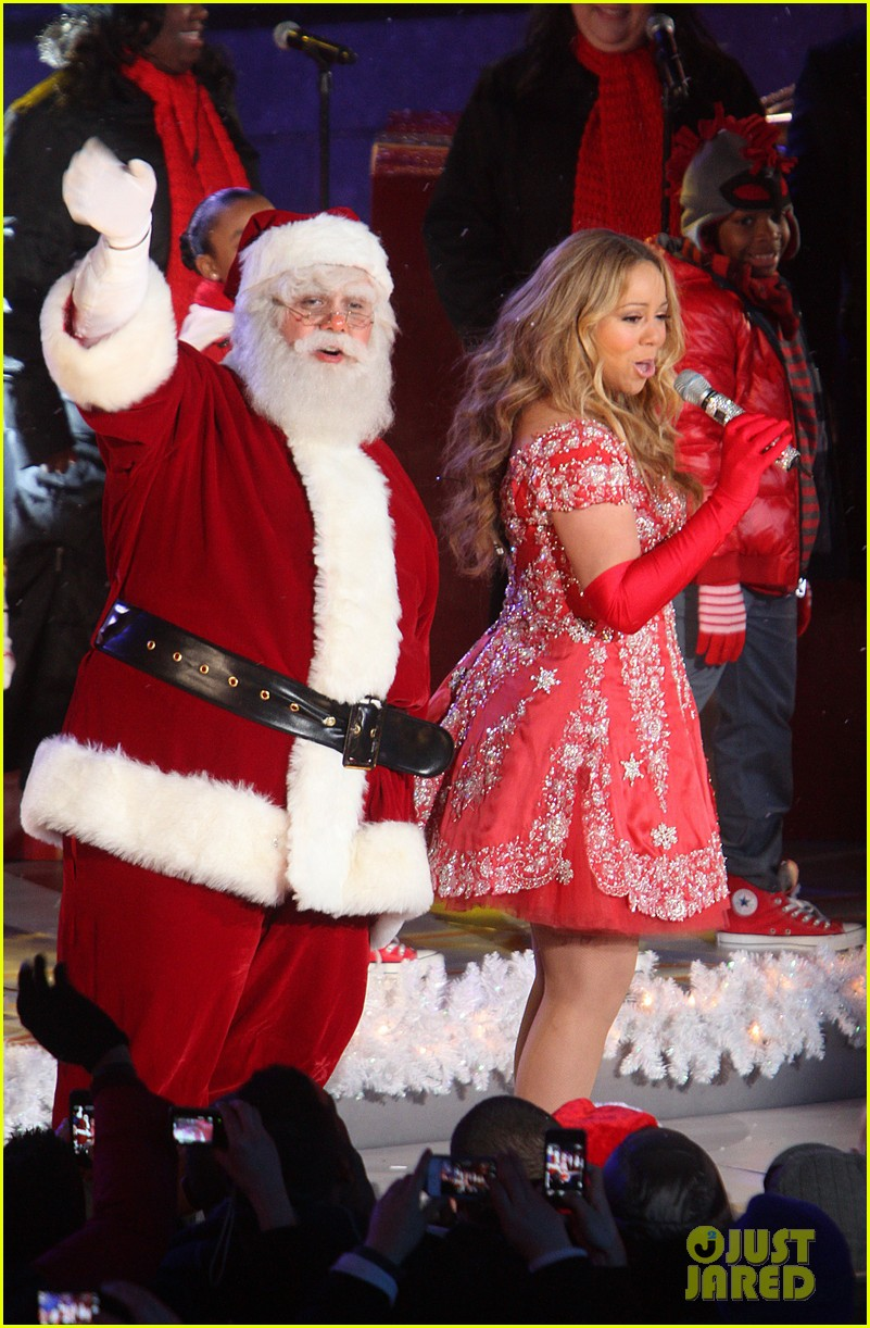 mariah carey rockefeller center tree lighting performance 162765197