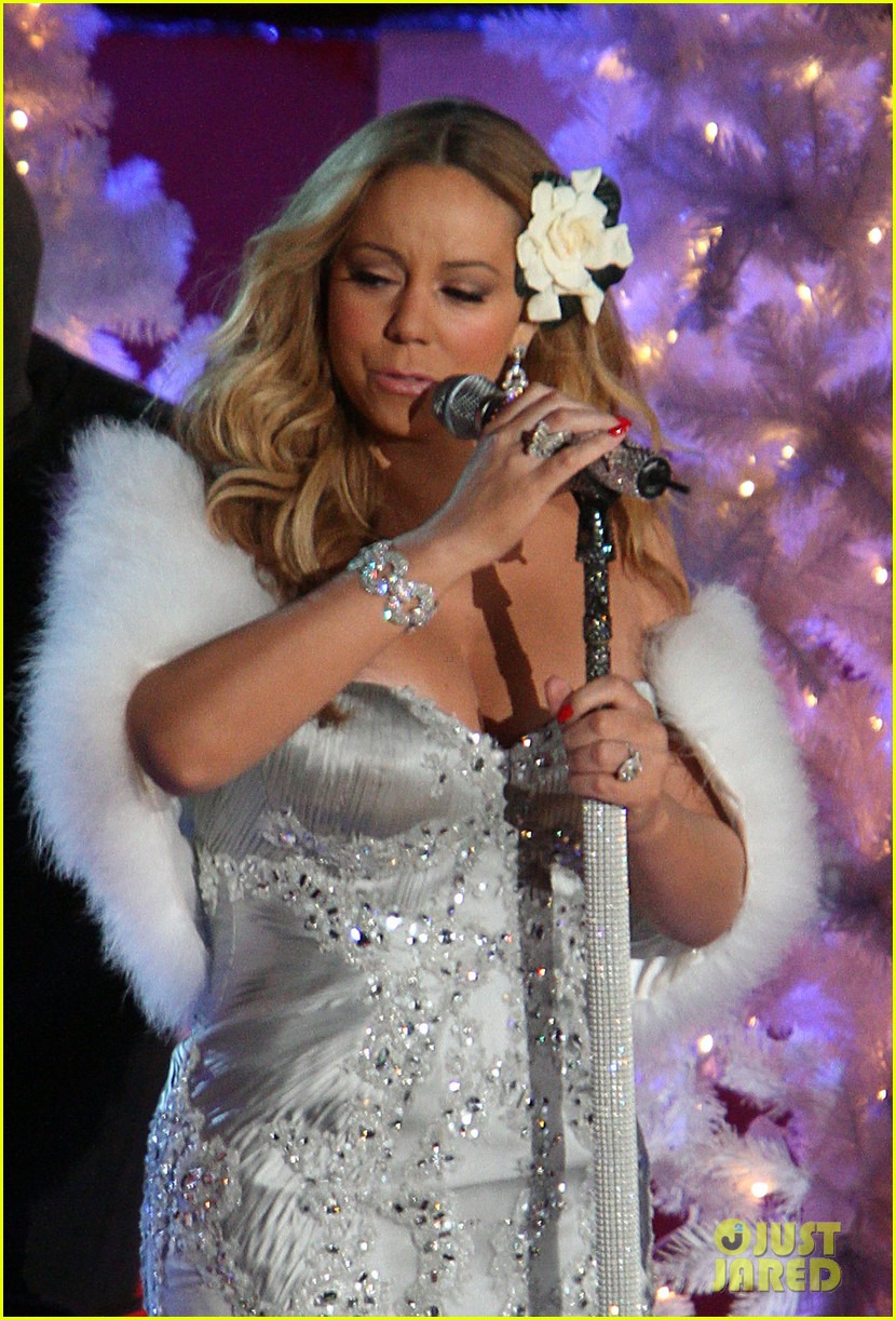 mariah carey rockefeller center tree lighting performance 232765204