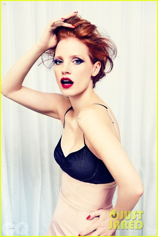 jessica chastain covers british gq january 2013 02