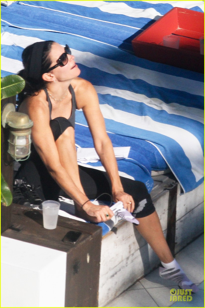 courteney cox miami bikini mama 20