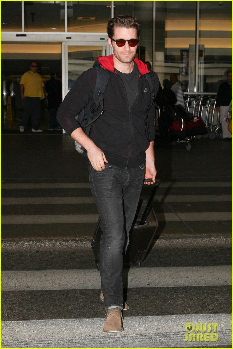 chace crawford matthew morrison hm store opening 03