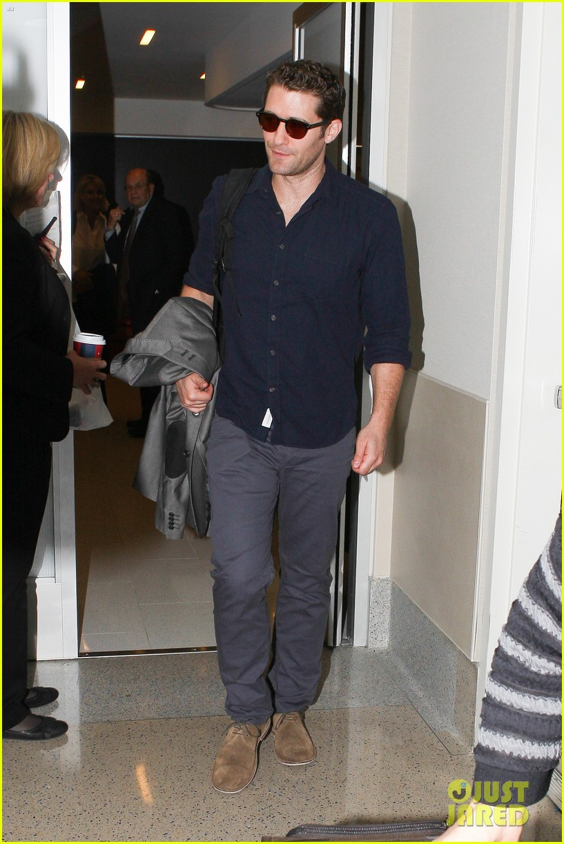 chace crawford matthew morrison hm store opening 23